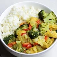 Kip-Groente Curry met Bloemkoolrijst