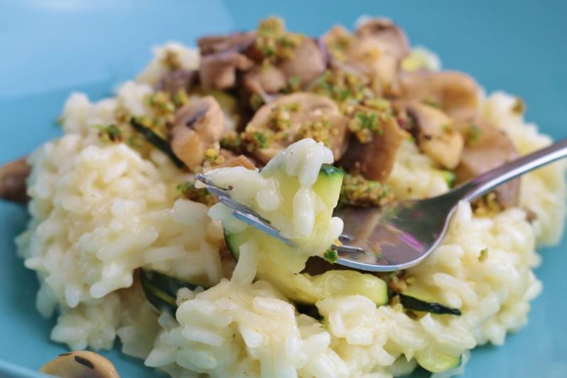 Risotto met gemengde paddenstoelen, courgette en gremolata