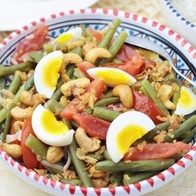 Sperzieboontjes met tomaten & cashewnoten